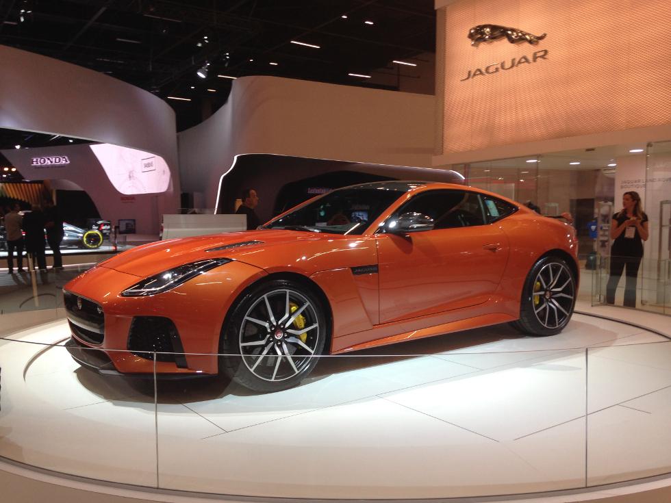 Jaguar F-TYPE SVR (Foto: Divulgação)