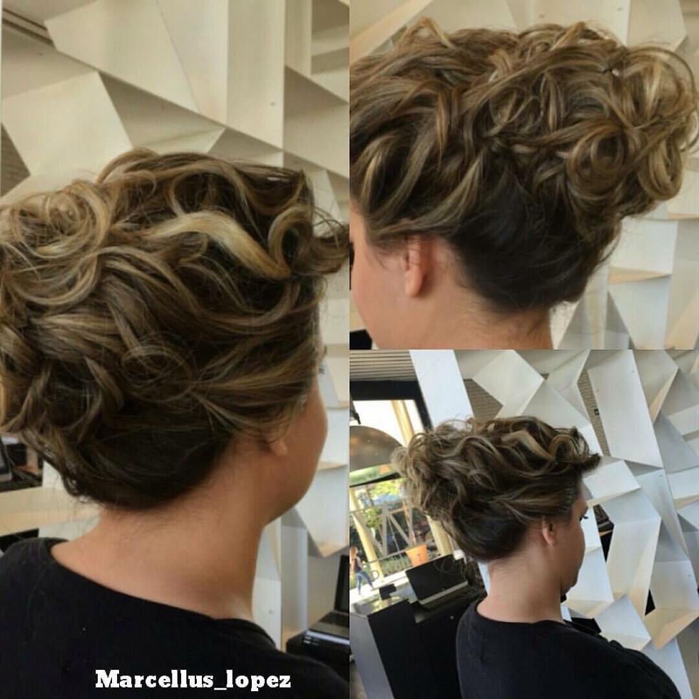Sua técnica de descontraídos trouxe penteados conceito verão 2017 como o europeu #coquegrego (Foto: Marcellus Lopez)
