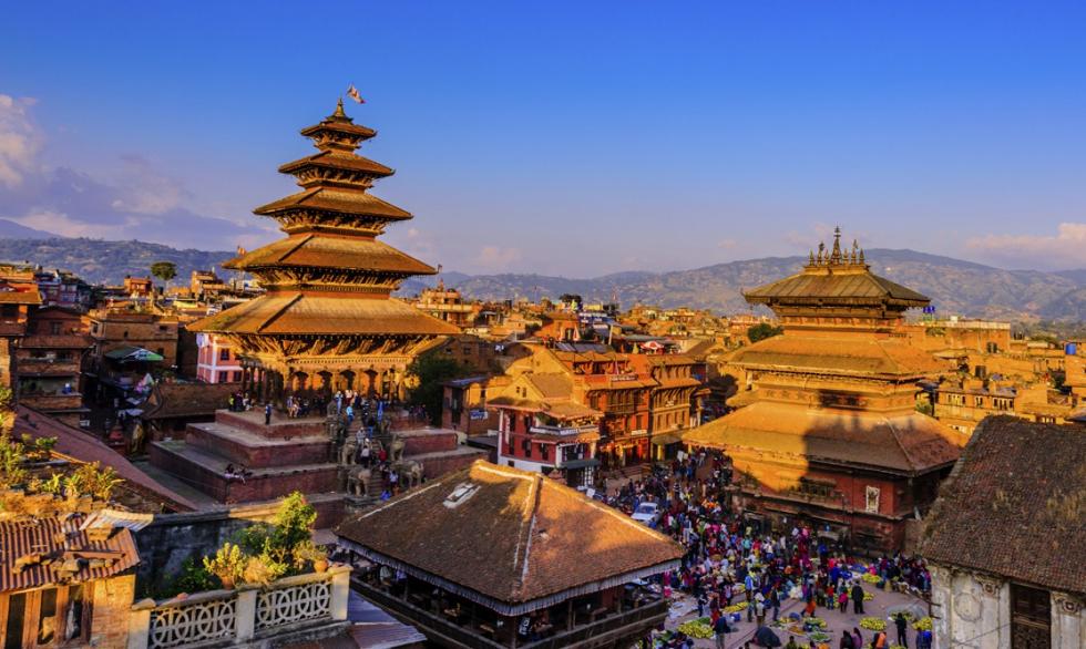 Nepal: lugar onde o frio das montanhas se encontra com o calor das planícies indianas. Destino espiritual e ideal para se fazer trekking, com trilhas com paisagens incríveis, e passando por montanhas míticas como o Everest ou o Anapurna (Foto: Divulgação)